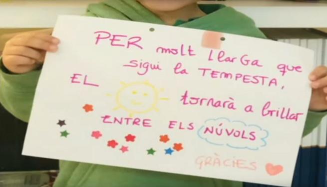 Els+infants+d%27Eivissa+donen+%C3%A0nims+a+pacients+i+sanitaris