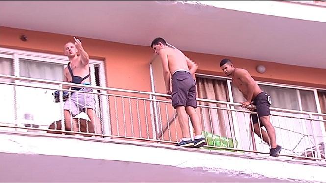 Hotels+de+Palmanova+i+Magaluf+expulsen+56+tur%C3%ADstes+inc%C3%ADvics+des+de+maig