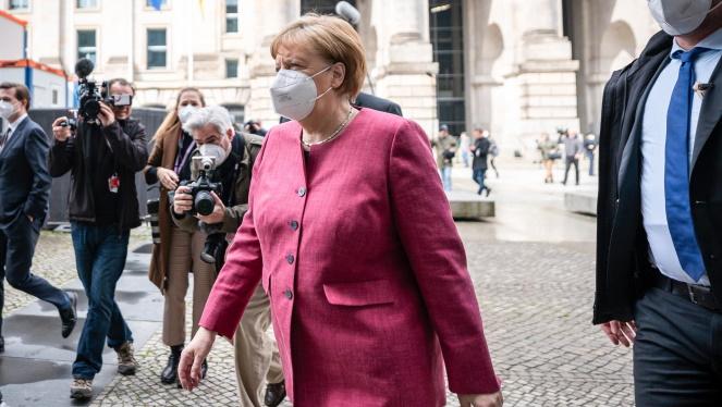 Merkel+defensa+un+%26%238216%3Bconfinament+expr%C3%A9s%27+d%27Alemanya+per+a+rebaixar+els+contagis+en+plena+vacunaci%C3%B3