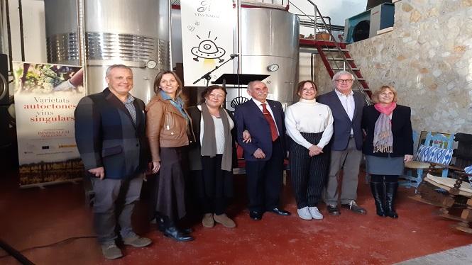 Maria+Solivellas+i+Pere+Quetglas%2C+Mantonegro+d%27Argent+2019