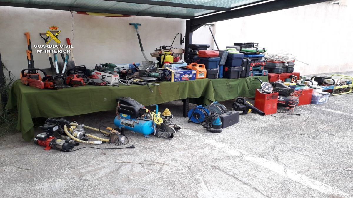 Un+home+%C3%A9s+detingut+per+robar+m%C3%A0quines+i+eines+a+25+cases+de+camp+a+Mallorca
