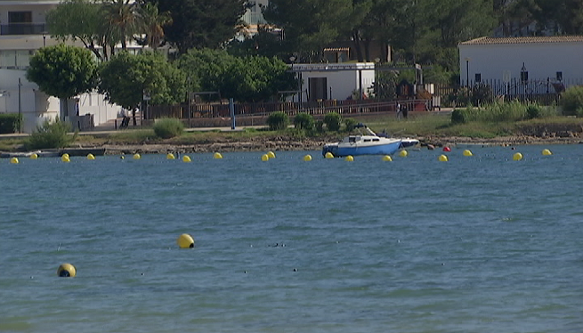 Sant+Antoni+comen%C3%A7a+a+abalisar+les+platges