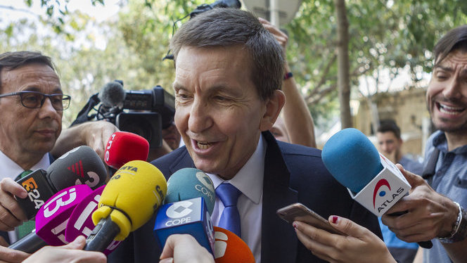 El+govern+espanyol+deixa+el+futur+de+Moix+en+mans+de+la+Fiscalia