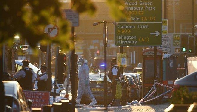 Almenys+un+mort+i+10+ferits+en+un+nou+atac+terrorista+a+Londres+a+la+sortida+d%27una+mesquita