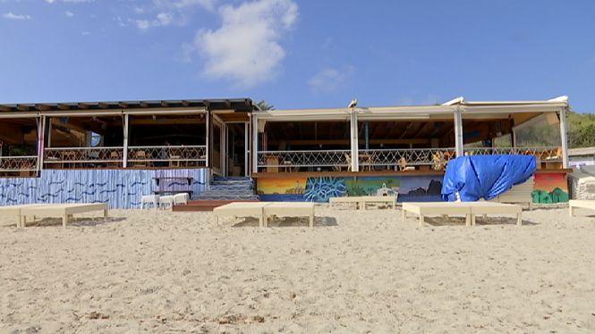 La+platja+de+ses+Salines+s%27adapta+a+la+nova+normalitat