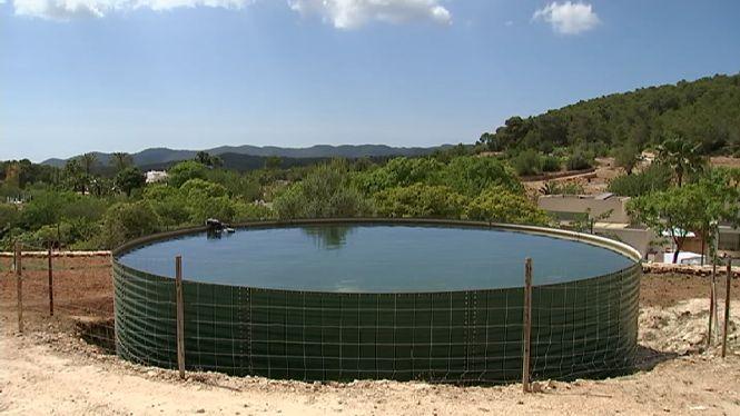 L%27Ibanat+instal%C2%B7la+un+nou+dip%C3%B2sit+contra+incendis+a+Eivissa