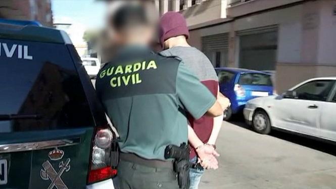 15+persones+detingudes+en+l%27operaci%C3%B3+antidroga+%26%238216%3BCr%C3%B2tal%27%2C+9+d%27elles+a+Mallorca