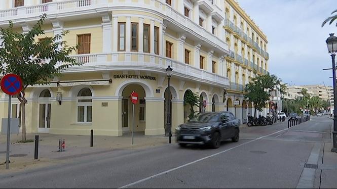 Degoteig+constant+d%27hotels+eivissencs+que+tanquen+portes+fins+al+2021