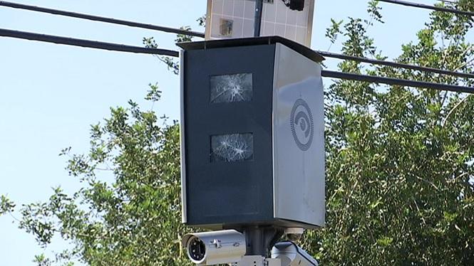 Tornen+a+rompre+el+radar+de+la+carretera+de+Sant+Carles