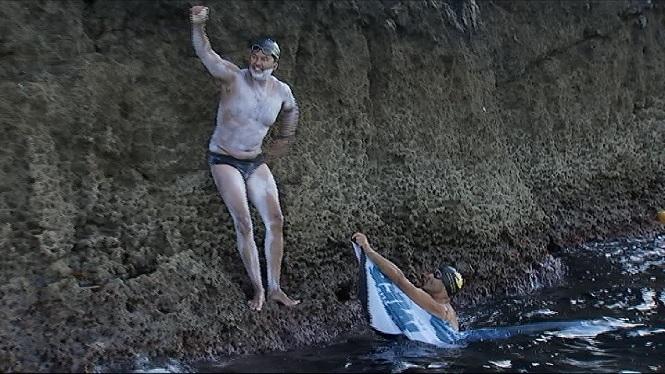Onze+hores+nedant+entre+Menorca+i+Mallorca+per+una+bona+causa