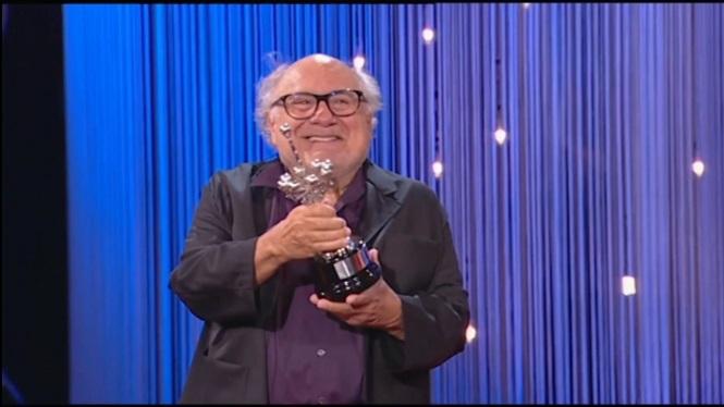Premi+Donostia+per+a+Danny+de+Vito