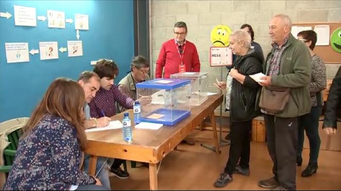 El+CIS+pronostica+una+clara+vict%C3%B2ria+del+PSOE+a+les+pr%C3%B2ximes+eleccions