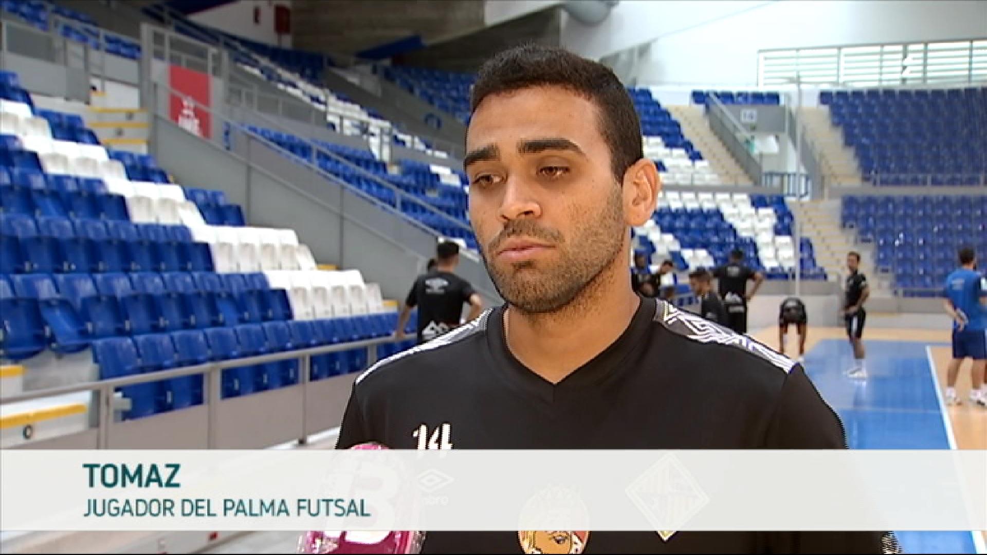 Tirado+i+Tomaz+analitzen+el+nou+Palma+Futsal