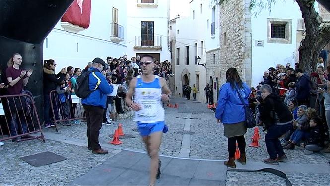 Quasi+900+participants+a+la+Pujada+a+la+Catedral+d%27Eivissa