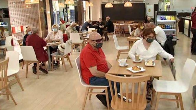 Bars+i+restaurants+reobren+els+interiors+a+Mallorca+i+Eivissa