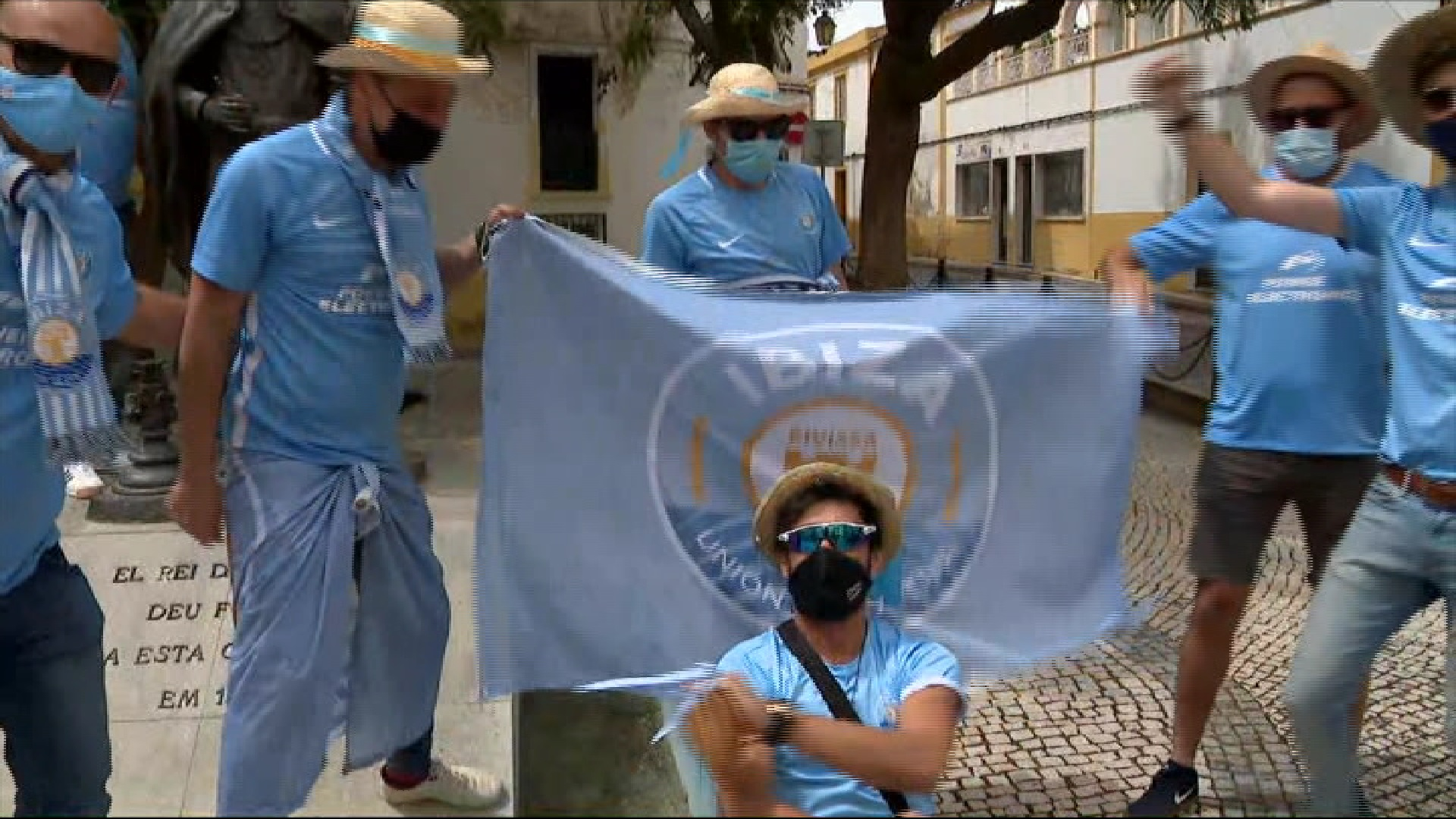 Arriben+a+Elvas+i+Badajoz+les+veus+blau+cel+que+somien+amb+un+ascens+memorable