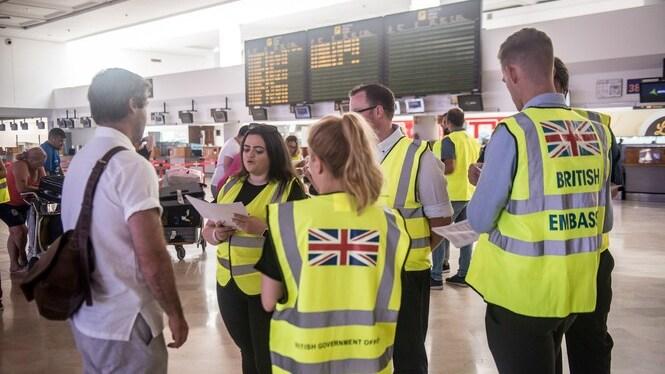 Continuen+les+repatriacions+de+turistes+brit%C3%A0nics+afectats+per+la+fallida+de+Thomas+Cook