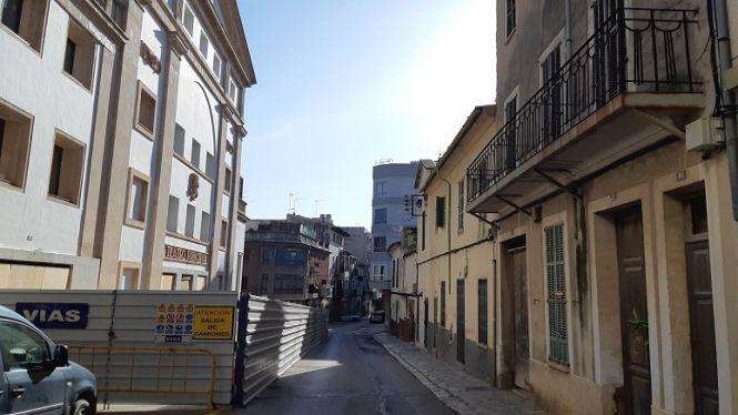 Inca+expropiar%C3%A0+els+habitatges+de+davant+el+Teatre+Principal+per+fer-hi+una+pla%C3%A7a