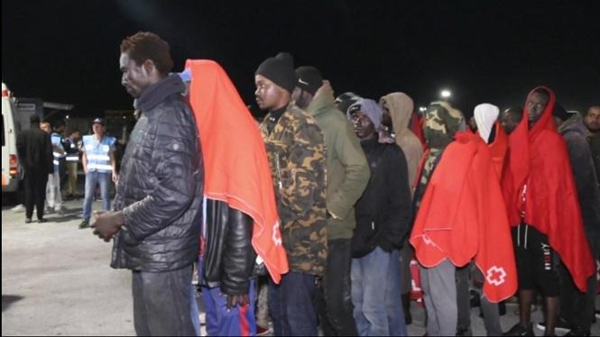 Traslladats+a+Motril+105+migrants+rescatats+de+dues+embarcacions