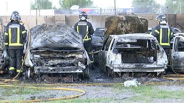 Cremen+14+vehicles+a+la+cotxera+municipal+de+Cala+de+Bou