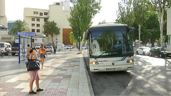 Eivissa+t%C3%A9+m%C3%A9s+d%27un+vehicle+per+habitant+i+m%C3%A9s+del+doble+respecte+a+l%27any+1998