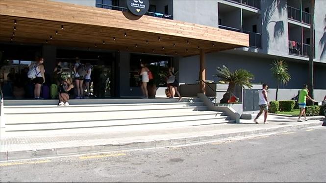 El+99%25+de+la+planta+hotelera+de+Mallorca+descarta+obrir+dilluns+les+portes
