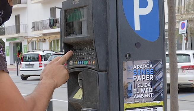 En+marxa+l%27horari+d%27estiu+a+les+zones+blaves+d%27aparcament+de+Formentera