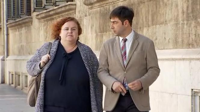 Ruth+Mateu%3A+%22Ara+no+dimitiria%3B+no+estam+preparats+per+veure+dimissions+d%27innocents%22