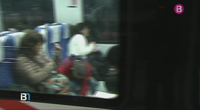 Agents+de+la+Policia+Nacional+viatjaran+en+els+trens+de+Mallorca+per+refor%C3%A7ar+la+seguretat