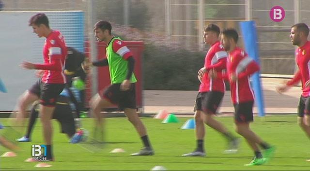 David+Costas%2C+defensa+del+Mallorca%2C+estar%C3%A0+un+mes+de+baixa+per+una+fractura+a+un+dit+del+peu+dret