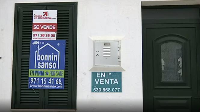 El+servei+de+taxi+i+d%27autob%C3%BAs+es+mant%C3%A9+a+Formentera%2C+per%C3%B2+amb+restriccions