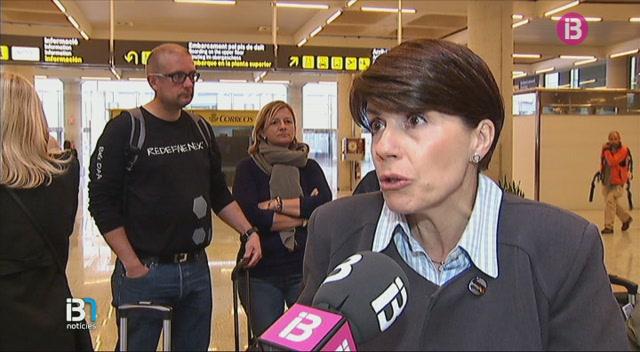 La+vaga+dels+controladors+aeris+francesos+ha+provocat+avui+la+cancel%C2%B7laci%C3%B3+de+39+vols+als+aeroports+de+les+Illes