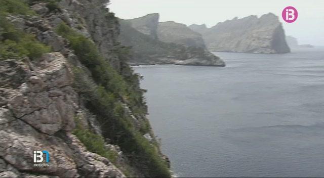 Troben+un+cad%C3%A0ver+a+un+penya-segat+de+Formentor+que+podria+ser+del+turista+alemany+desaparegut
