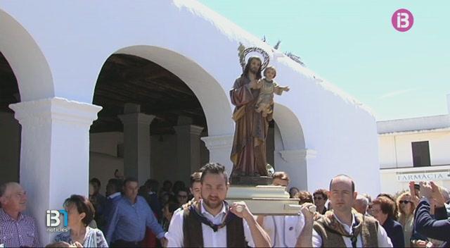 La+poblaci%C3%B3+de+Sant+Jordi%2C+a+Sant+Josep+de+sa+Talaia%2C+celebra+el+dia+del+seu+patr%C3%B3