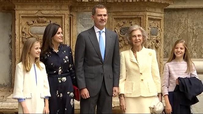 La+fam%C3%ADlia+reial+assisteix+a+la+missa+de+Pasqua+sense+Joan+Carles+I