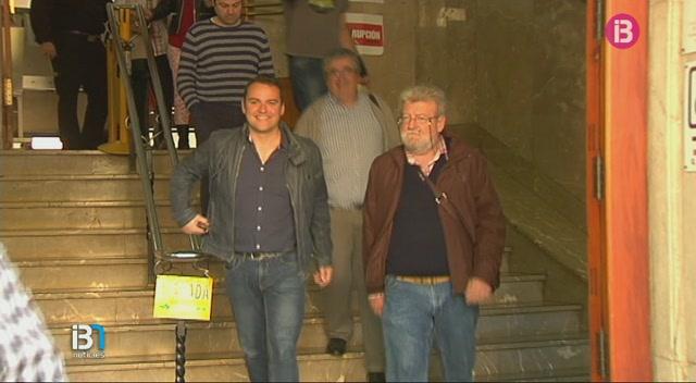 Els+11+acusats+pels+incidents+a+la+piscina+del+xalet+de+Pedro+J.+Ram%C3%ADrez+a+Mallorca+han+quedat+absolts