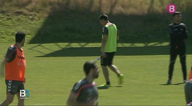 Els+jugadors+del+Valladolid+diuen+que+no+saben+res+d%27una+possible+prima+per+guanyar+al+Mallorca