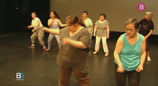 La+Fundaci%C3%B3+de+Discapacitats+de+Menorca+presenta+el+seu+espectacle+de+ball+al+Teatre+Principal+de+Ma%C3%B3
