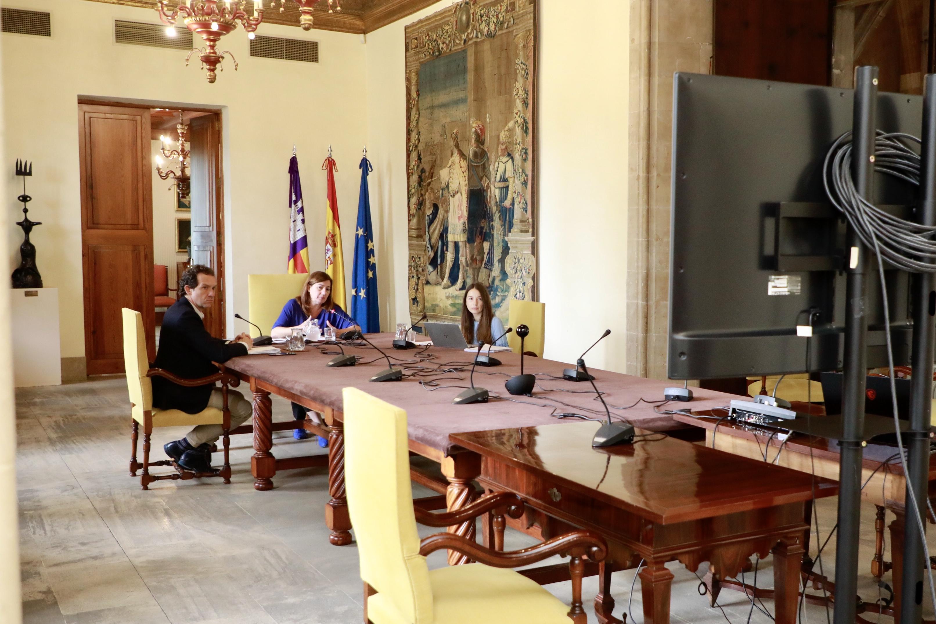 Armengol+es+reuneix+amb+agents+socials+per+la+COVID+i+el+decret+de+protecci%C3%B3+del+territori