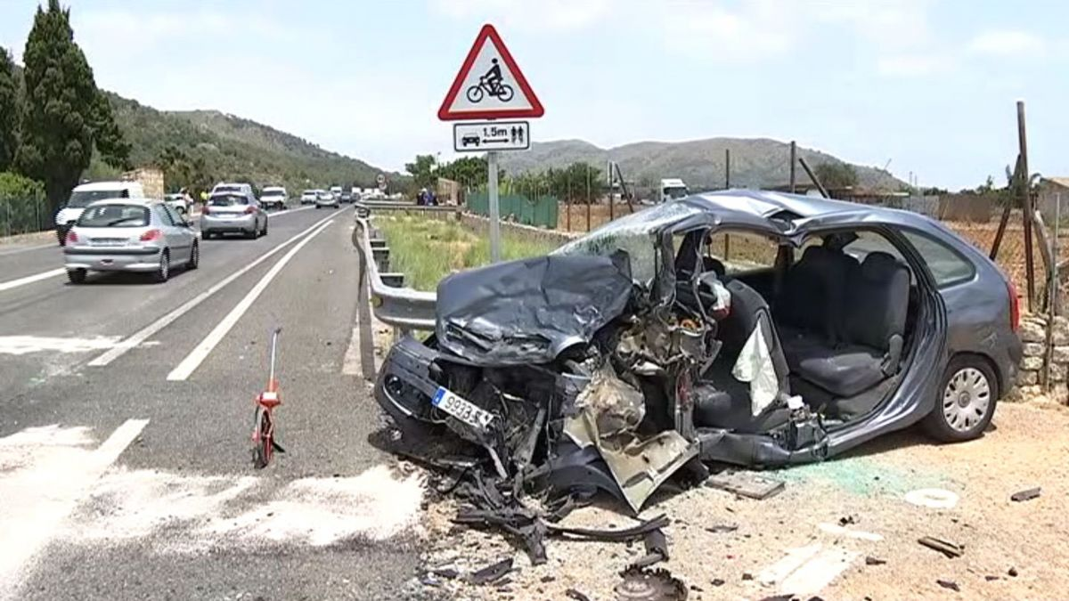Tres+ferits+en+un+accident+m%C3%BAltiple+a+la+carretera+d%27Alc%C3%BAdia