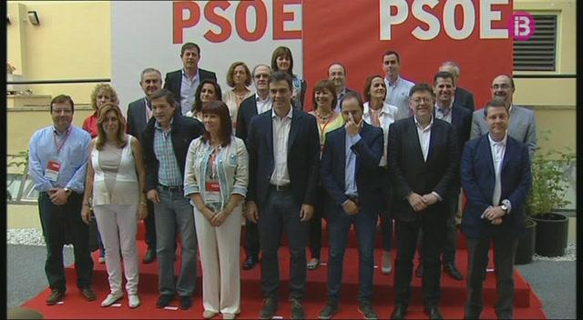 Les+discrep%C3%A0ncies+en+la+dimissi%C3%B3+de+desset+membres+de+la+comissi%C3%B3+executiva+federal+del+PSOE