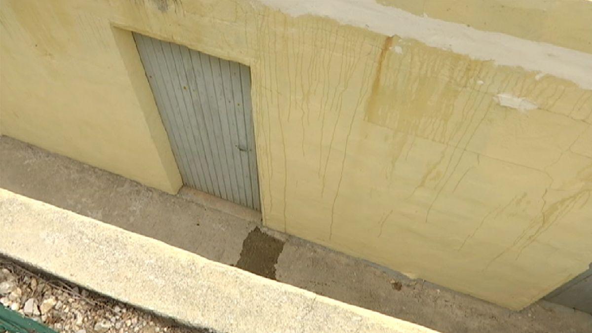 Ferit+greu+un+home+despr%C3%A9s+de+precipitar-se+des+d%27una+al%C3%A7ada+de+tres+metres+a+Eivissa