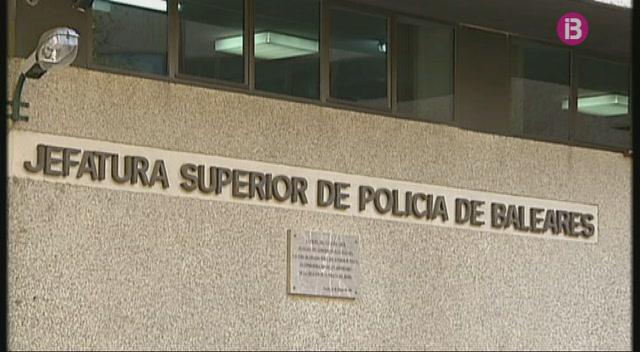La+policia+precinta+una+botiga+de+Palma+que+venia+marihuana
