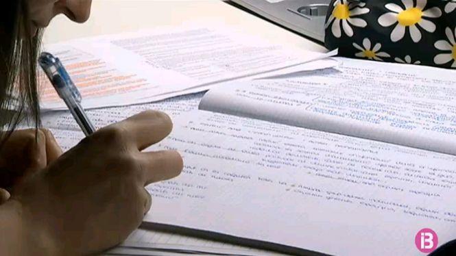 A+tres+mesos+de+les+oposicions+d%27Educaci%C3%B3+els+aspirants+afronten+la+recta+final