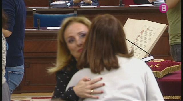 Mabel+Cabrer+torna+al+Parlament