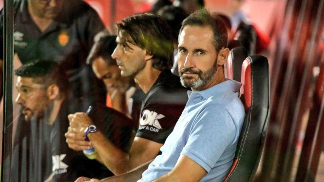 Vicente+Moreno+evita+parlar+de+la+seva+sortida+del+Mallorca