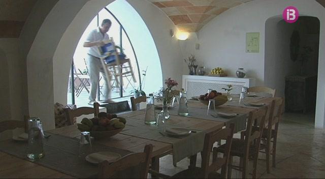 25+hotels+de+Menorca%2C+oberts+tamb%C3%A9+a+l%27hivern
