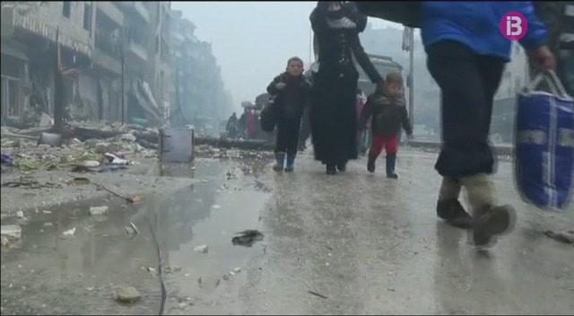 Els+rebels+i+l%27ex%C3%A8rcit+siri%C3%A0+han+arribat+a+un+pacte+per+evacuar+la+ciutat+d%27Alep