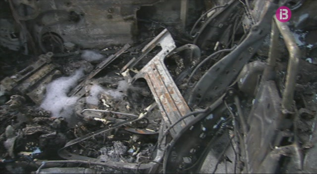 La+Policia+Nacional+identifica+el+pressumpte+autor+dels+cotxes+cremats+de+Ciutadella