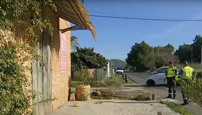 Mor+una+dona+atropellada+per+un+tot+terreny+a+la+carretera+de+Santa+Eul%C3%A0ria